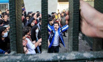 این صدای مانده در گلوی مردم ایران است/ کانون نویسندگان ایران در تبعید- انجمن قلم ایران در تبعید