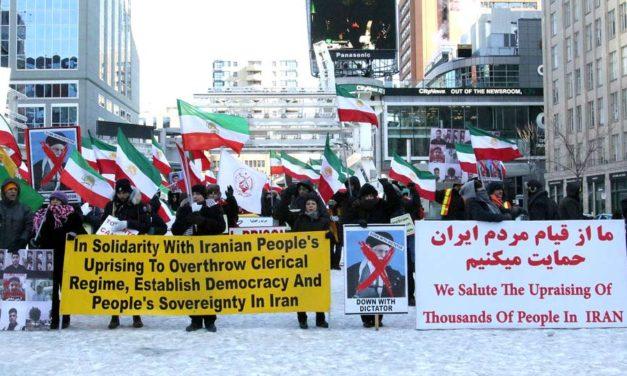 همبستگی هواداران سازمان مجاهدین خلق ایران و حامیان مقاومت با قیام مردم ایران در تورنتو