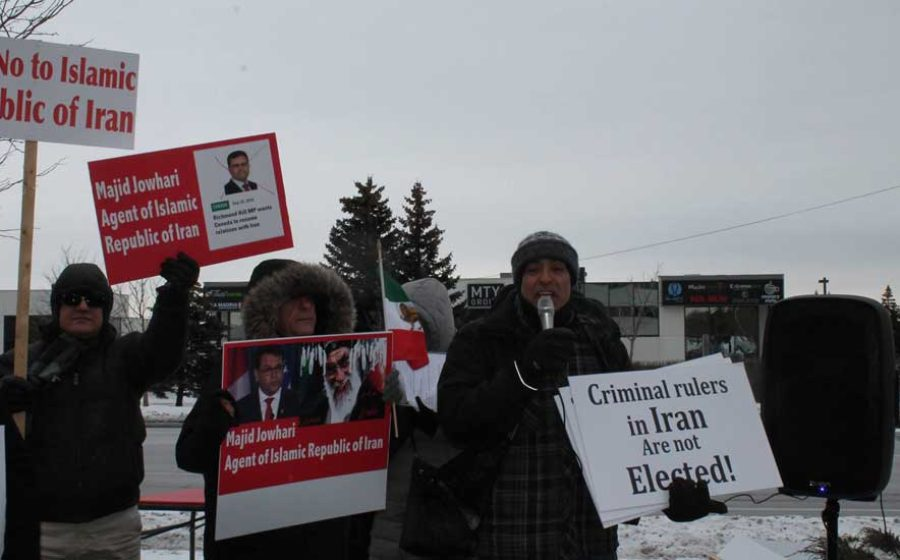Protest–Mother-against-execution-3
