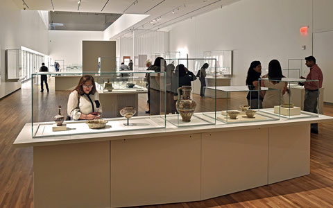 به موزه آقا خان بیایید، هنر را گوش دهید و موسیقی را ببینید
