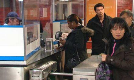 TTC خواستار تخفیف بیشتر برای کارت مترو برای دانشجویان شد
