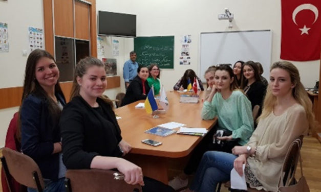زبان و ادبیات فارسی در اوکراین/عباس شکری
