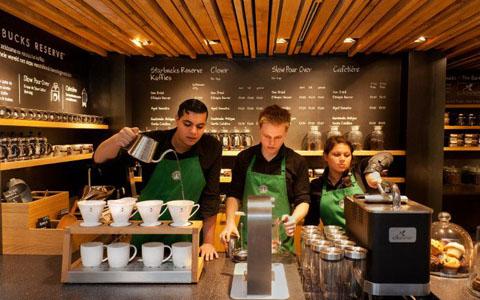 تعطیلی سراسری کافه ی استار باکس برای آموزش دادن به کارمندان