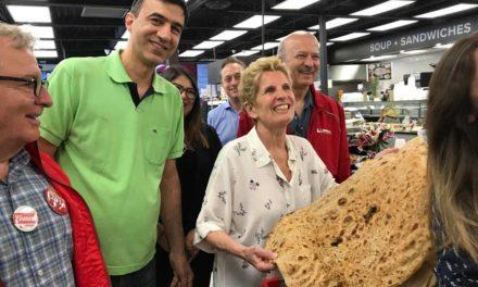 دیدار نخست وزیر انتاریو از سوپر خوراک