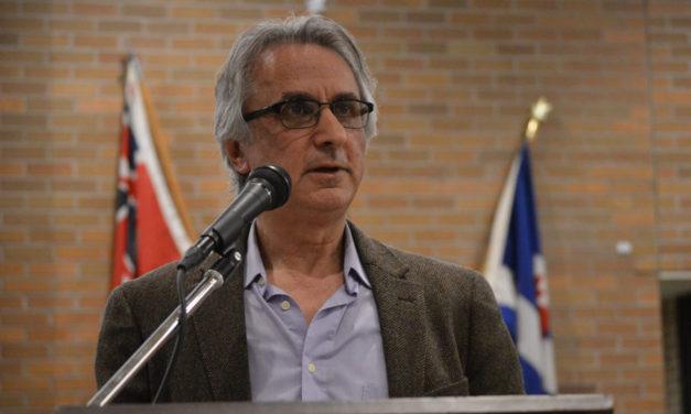 """معرفی کتاب """"انقلاب بدون انقلابیون""""ِ آصف بیات در کانون کتاب تورنتو"""