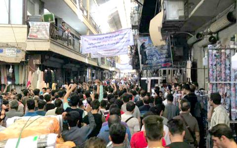 بازداشت «تعداد زیادی» از معترضان؛ ادامه تجمعات اعتراضی در بازارهای ایران