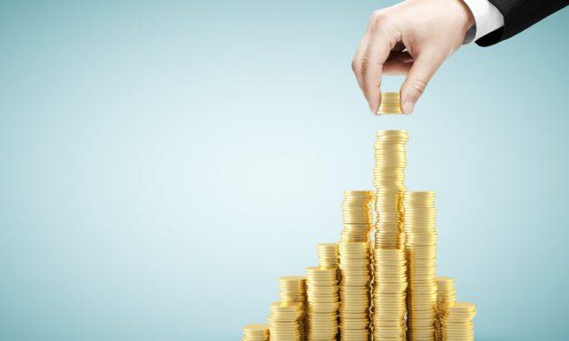 کانادایی های پولدار علاقه ی زیادی به سرمایه گذاری در خارج از کشور دارند