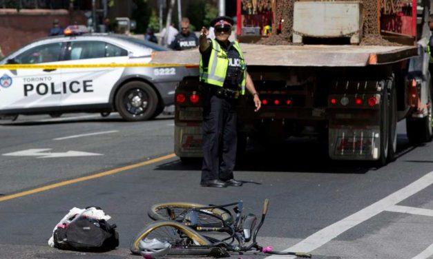 دوچرخه سواری در تورنتو بسیار خطرناک است