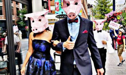 حرکت تاثیرگذار گروهی از گیاهخواران و فعالان حقوق حیوانات در تورنتو