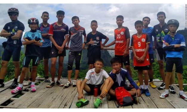 نجات جان ۱۳ نفر که در غاری در تایلند گیر افتاده اند سه ماه طول می کشد