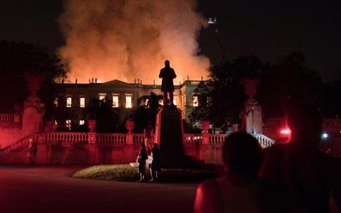 بازتاب فاجعه آتش گرفتن موزه ریو دو ژانیرو در رسانه های کانادا
