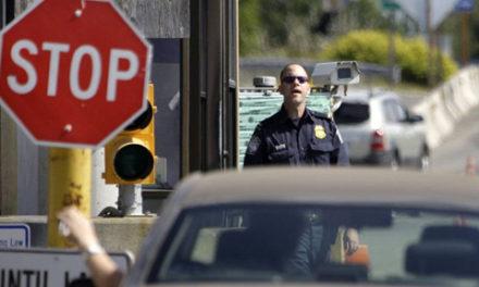 ناراحتی مسافران از افسران مرزهای کانادا
