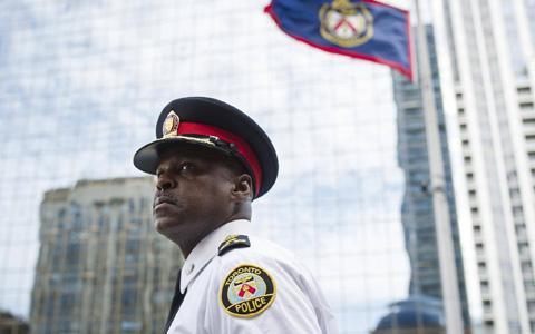 پلیس تورنتو اجازه ی مصرف ماری جوانا ندارد