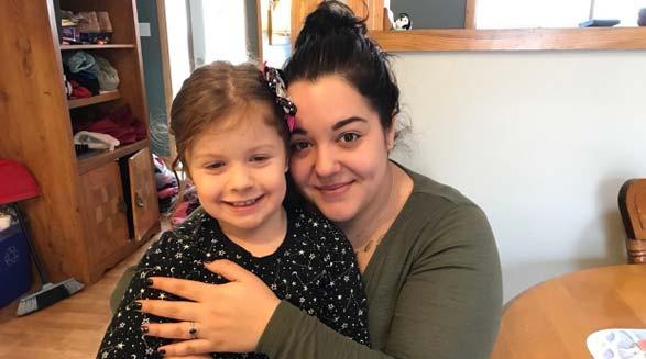 غریزه ی مادری فرزند چهارساله را نجات داد