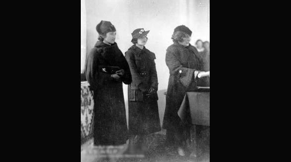 رضاشاه،کشف حجاب و آتا تُرک /علی میرفطروس