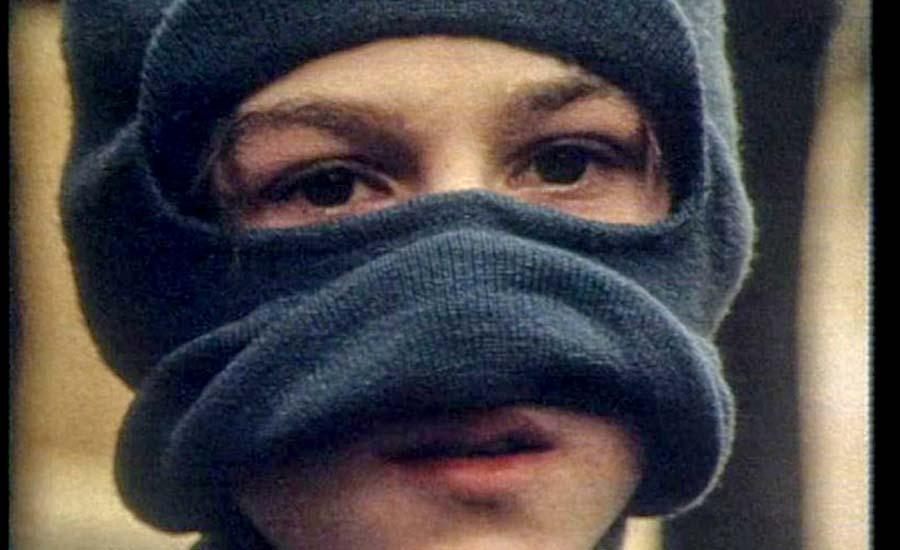 نوجوانان تبهکار در ناپل، شهر بیدفاع /برگردان: عرفان ثابتی
