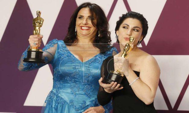"""نخستین زن ایرانی، رایکا زهتابچی، برای فیلم """"پریود. پایان جمله"""" اسکار گرفت"""