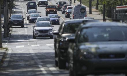 زمان رفت و آمد شهری کانادایی ها در حال افزایش است