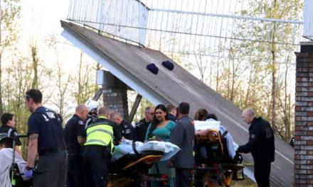 دهها زخمی و مجروح بر اثر سقوط سکو در یک عروسی