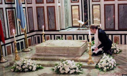 پیام شهبانو فرح پهلوی به مناسبت سی و نهمین سالگرد درگذشت محمد رضاشاه پهلوی