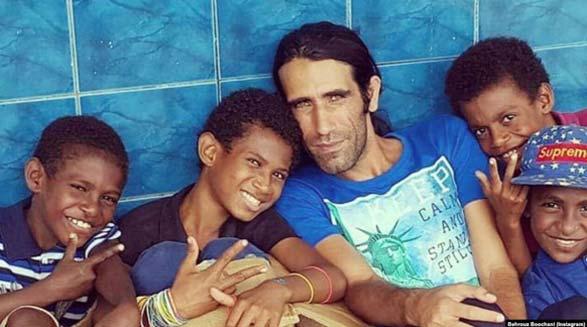 یک جایزه عمده ادبی دیگر برای پناهجوی ایرانی در جزیره مانوس