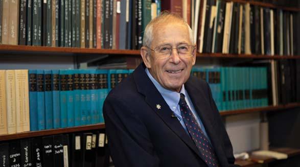 دانشمند کانادایی یکی از دریافت کنندگان نوبل فیزیک سال ۲۰۱۹