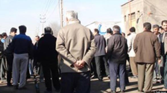 حدود ۲۰۰ تن از کارگران راهآهن کرج اعتصاب کردند