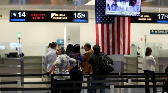 اداره گمرک و حفاظت مرزی ایالات متحده آمریکا ادعاها درباره ممانعت از ورود ایرانی-آمریکاییها را تکذیب کرد