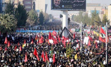 در مراسم خاکسپاری قاسم سلیمانی بیش از ۵٠ نفر کشته شدند