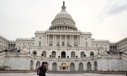 مجلس نمایندگان آمریکا به طرحی جهت محدود کردن توانایی رئیس جمهوری برای جنگ با ایران رای مثبت داد