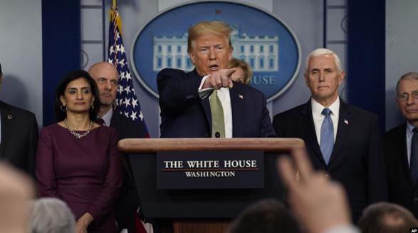کنفرانس خبری کاخ سفید درباره کرونا/تصمیم پرزیدنت ترامپ برای کمک مالی به آمریکاییها