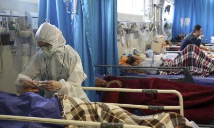 ابتلای بیش از ۲۰ فعال رسانهای به ویروس کرونا در ایران؛ یک روزنامهنگار جان باخت