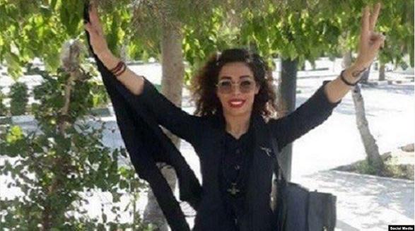 حکم دو سال زندان یک فعال حقوق زنان در دادگاه تجدیدنظر تائید شد؛ جرم: اعتراض به حجاب اجباری