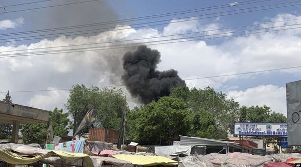 افزایش خشونتها در افغانستان؛ دستکم ۳۵ نفر در حمله مسلحانه به یک بیمارستان و بمبگذاری انتحاری کشته شدند