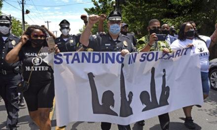 بازتاب مثبت همراهی نیروهای پلیس با معترضان در ایالت نیوجرسی در شبکههای اجتماعی