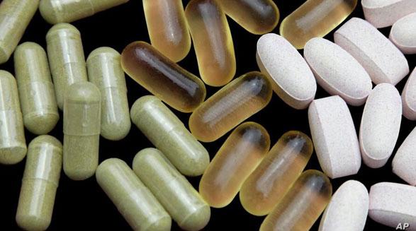 توصیه کارشناسان: به جای قرصهای مکمل و ویتامین، غذاهای سالم و مقوی بخورید