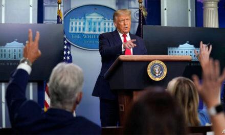 پرزیدنت ترامپ: اگر دموکراتها برای بسته مالی حمایتی توافق نکنند فرمان اجرایی صادر خواهم کرد